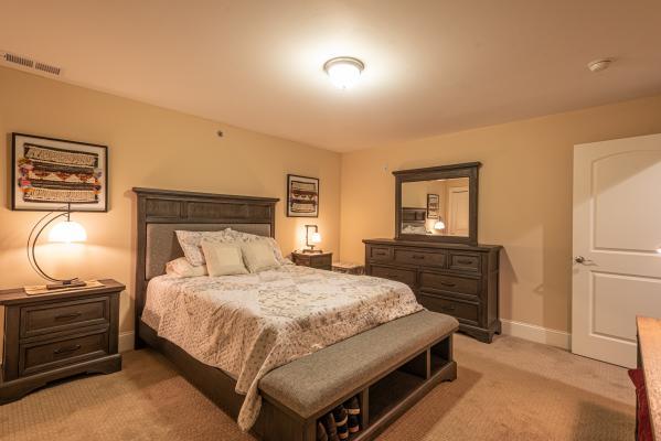 Harris Mills Bedroom