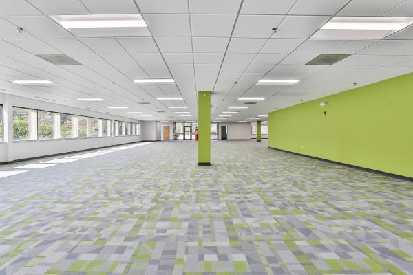Riverneck Road Floor Space